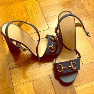Turquoise Gucci thick heel sandals